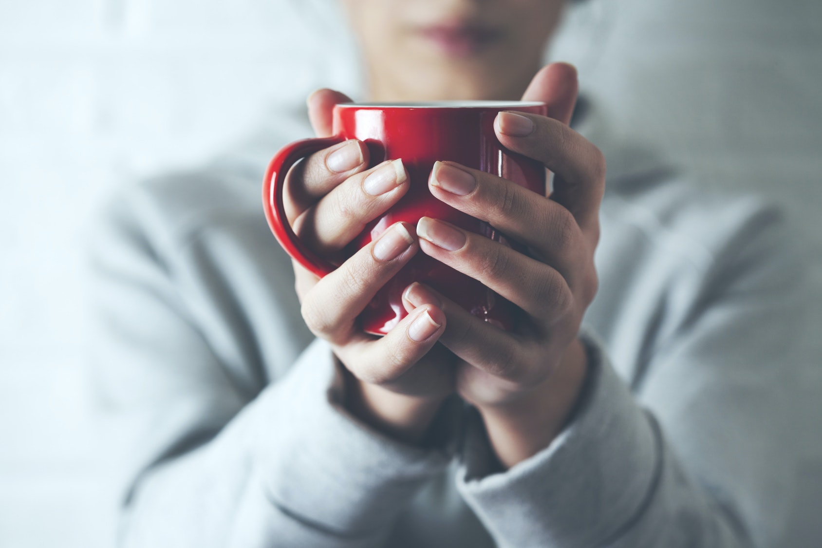 9 Things To Eat & Drink When You're Feeling Sick