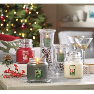 Yankee Candle Holiday Small Jar Candle Trio Gift Set