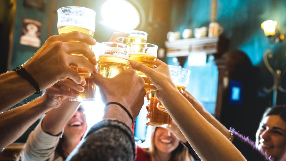 Is It Safe To Go To Bars & Restaurants As Coronavirus Restrictions Ease? Here's What Experts Say