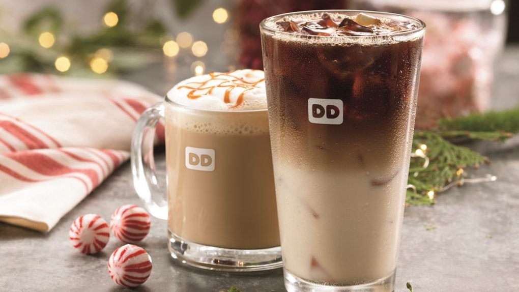Dd Christmas.Dunkin S Christmas 2018 Hours Depend On Where You Get Your