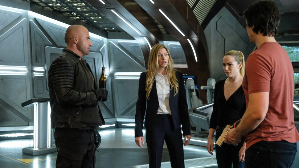 Why 'Legends Of Tomorrow' Isn't In The Elseworlds Arrowverse