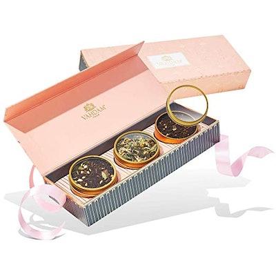 VAHDAM Holiday Tea Sampler Gift Box