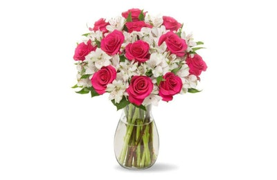 Benchmark Bouquets Signature Roses & Lilies