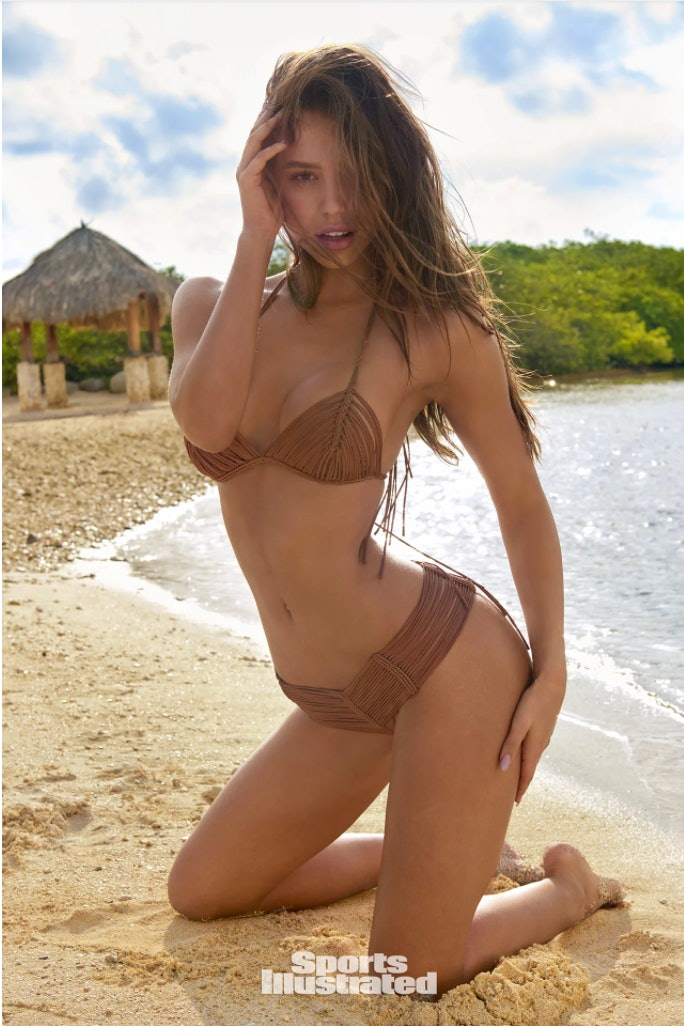 0cf272a41a8bc Alexis Ren Is Sports Illustrated s Rookie of the Year 2018   She s  Goals AF