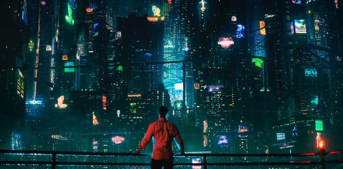 'Altered Carbon' Showrunner Laeta Kalogridis Is Here To Prove That Female Voices In Sci-Fi Matter