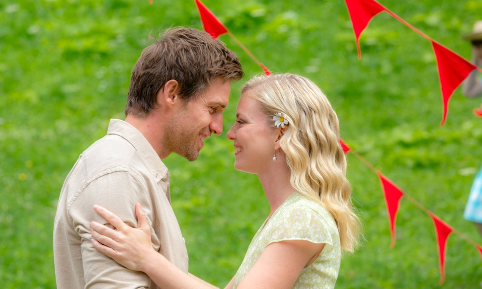 Hallmark\'s \'Royal Hearts\' Is The Romantic TV Movie You Need To Watch ...