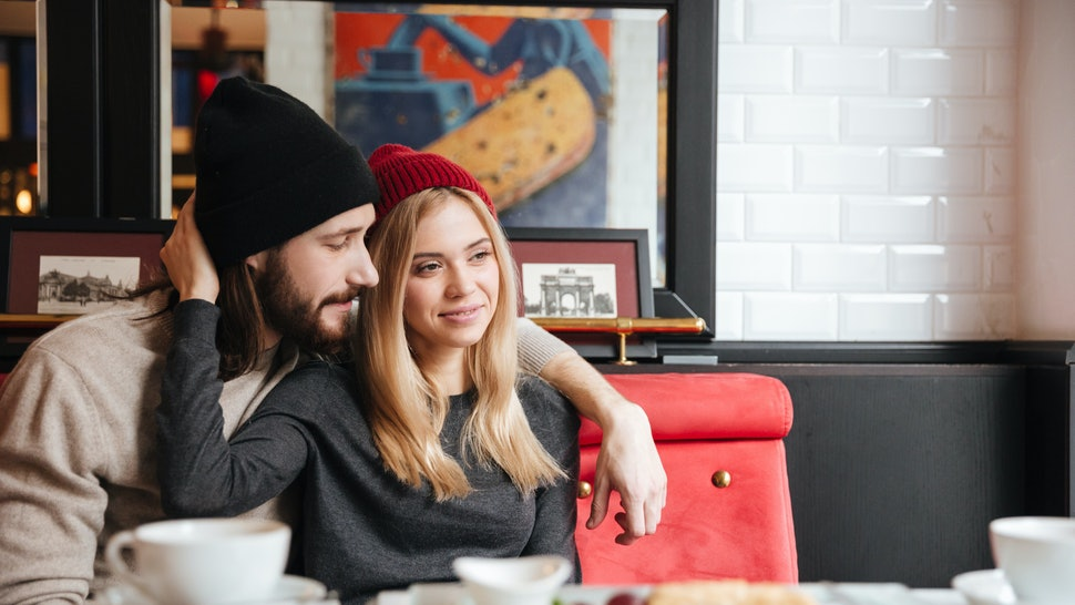 7 Signs Your Partner Isn't Enough For You, Even If You Love Them