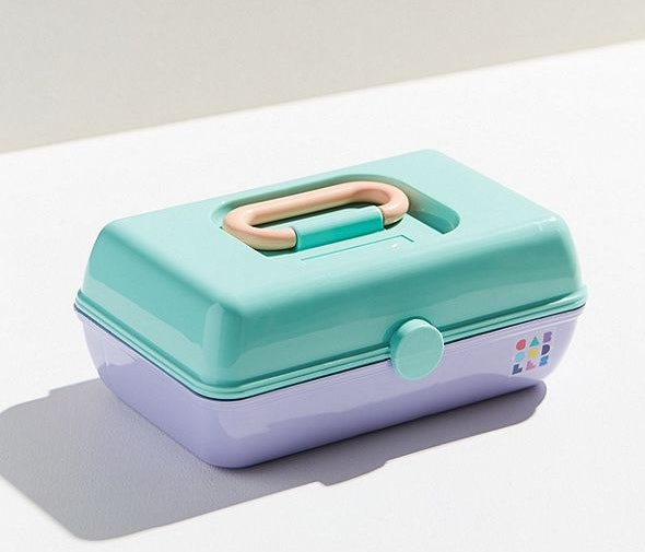 Urban Outfitters Is Selling Caboodle Cases U0026 They Will Give You All Sorts  Of U002790s Nostalgia