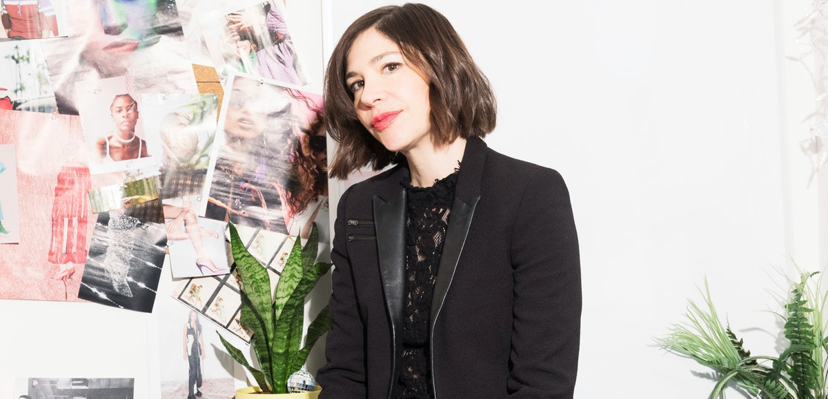 'Portlandia' Star Carrie Brownstein Is Our Enduring, Unassuming Feminist Icon