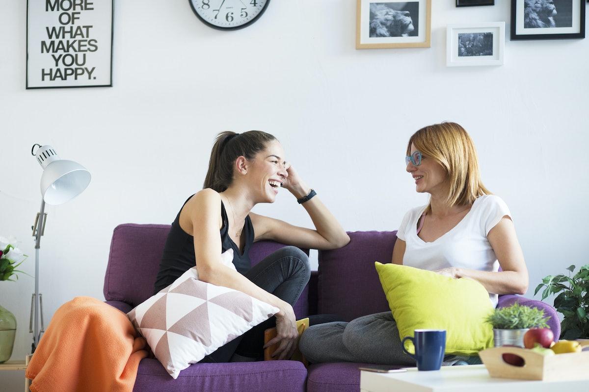 9 Interesting Psychological Tricks People Use To Make Them More Likable