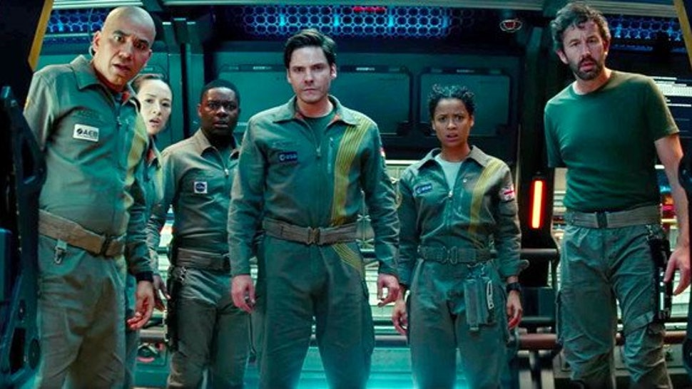 How Scary Is 'The Cloverfield Paradox?' If Bugs In Space Seem
