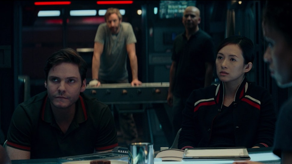 The Cloverfield Paradox Alienates Its Asian Character With One
