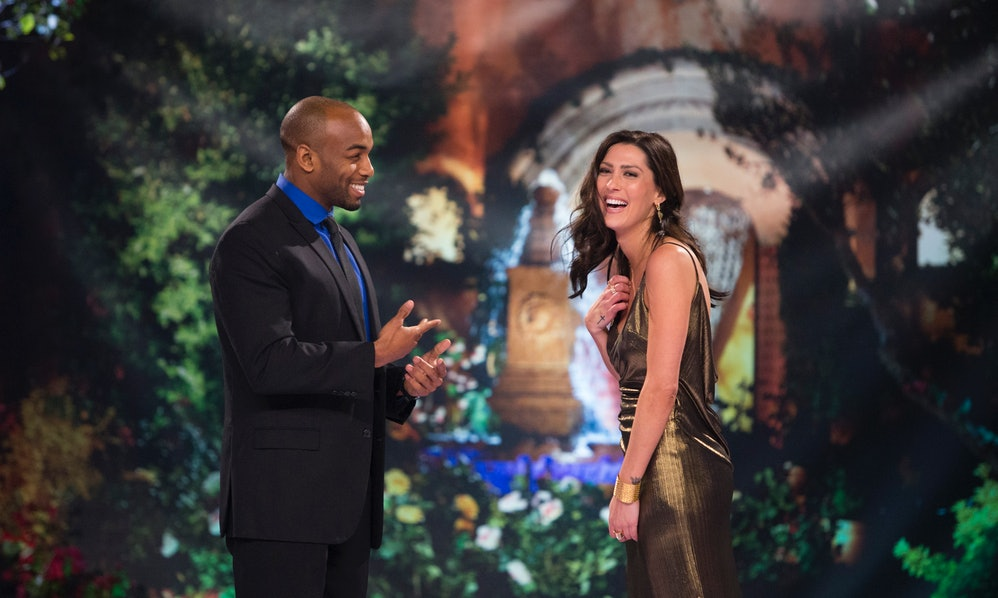 Who Is Darius? Becca's 'Bachelorette' Contestant Is A Former College  Football Player