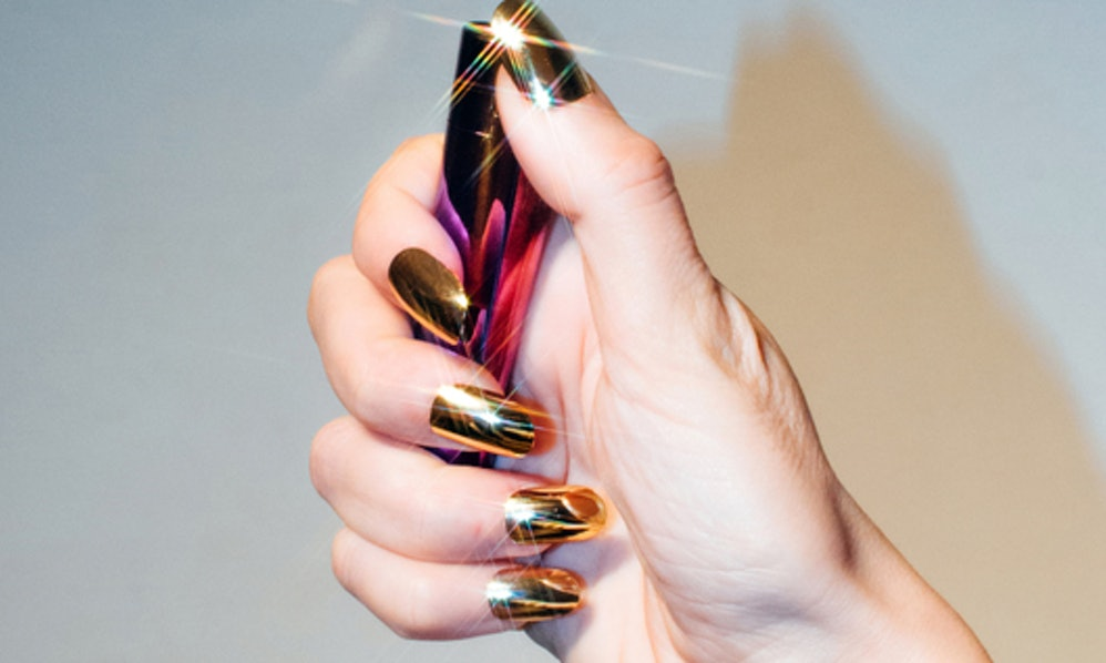 If You Have Long Nails, You Can Seriously Relate To These 6 Things