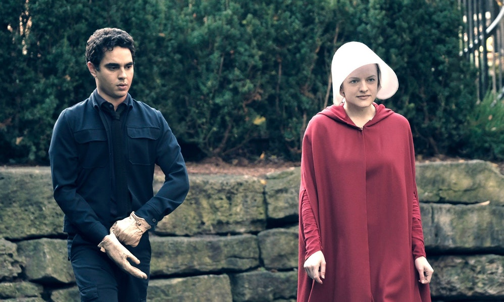 handmaid's tale season 3 - photo #30