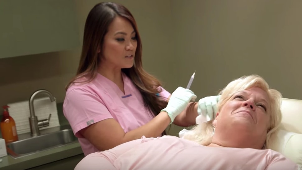 A Dr  Pimple Popper TV Show Is Happening On TLC, So Get Your