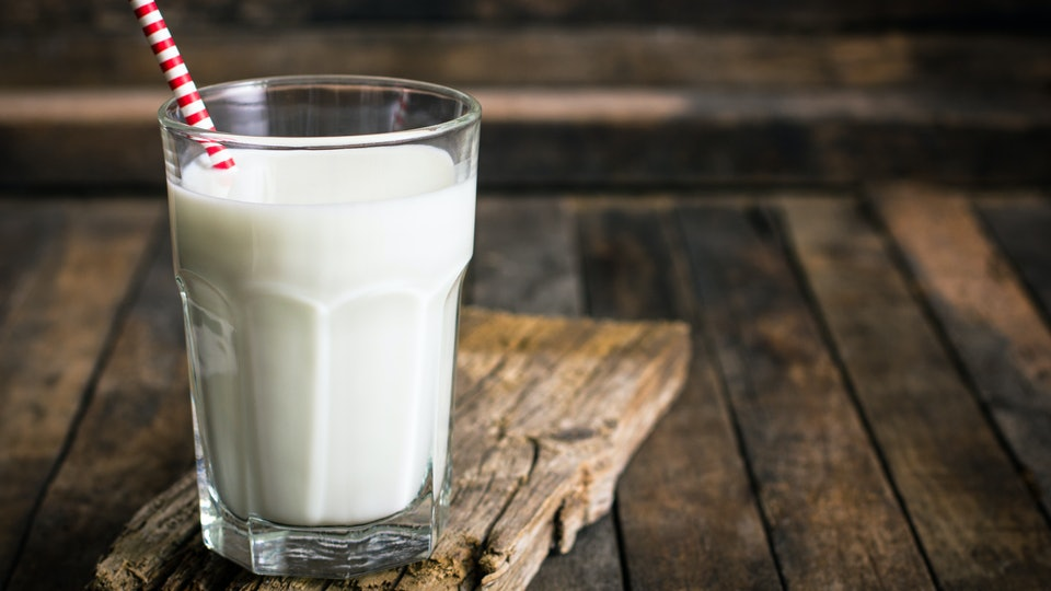 Best Milk To Drink When Trying To Get Pregnant Turns Out There Is One