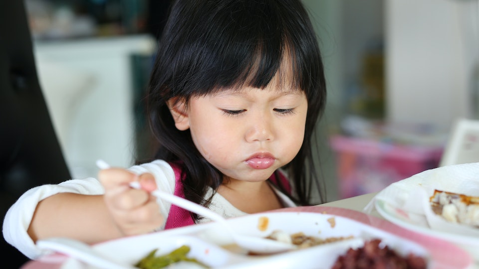 Feeding Toddlers 10 Things You Should Never Do To Get Them To Eat