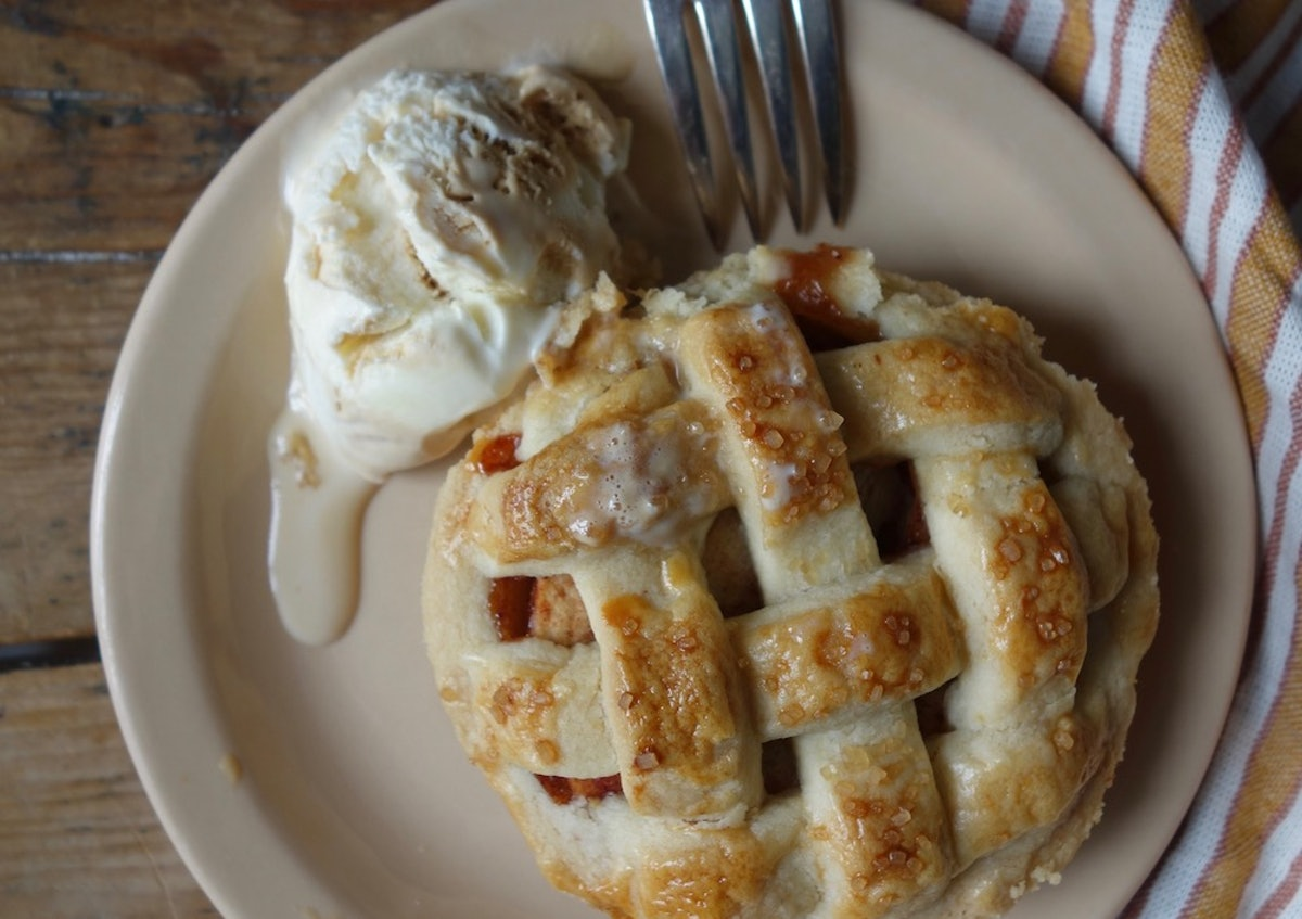 This Dutch Apple Tart Recipe For One Person Lets You Create The Mini Pie Of Your Dreams