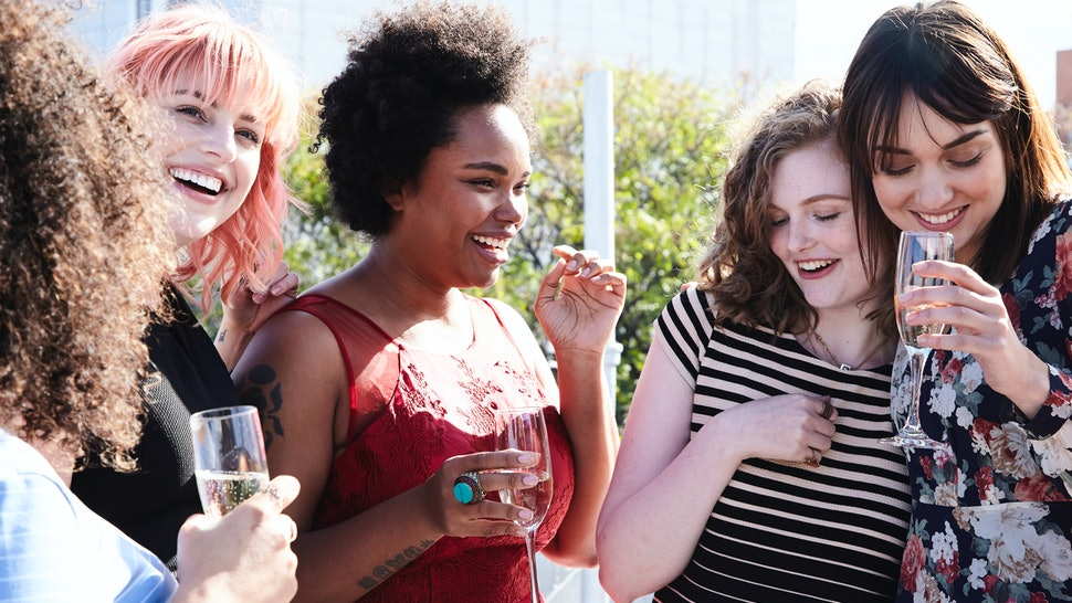 9 Tips For Making Friends In A New City, According To Experts