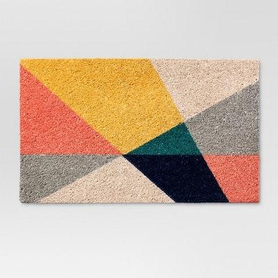 """Geo Triangles Doormat 1'6""""x2'6"""""""