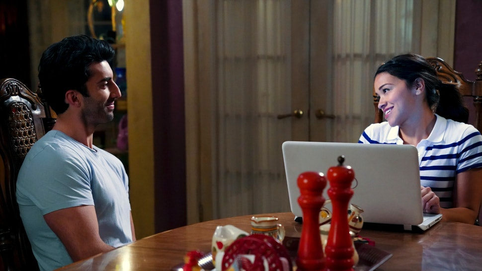 Is Michael Really Alive On \'Jane The Virgin\'? The Season 4 Finale ...