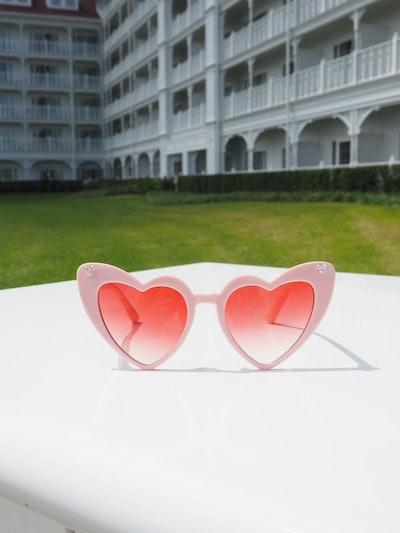 Mickey Retro Heart Eye Sunglasses