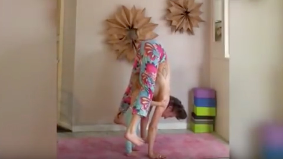 Blow job while doing a handstand