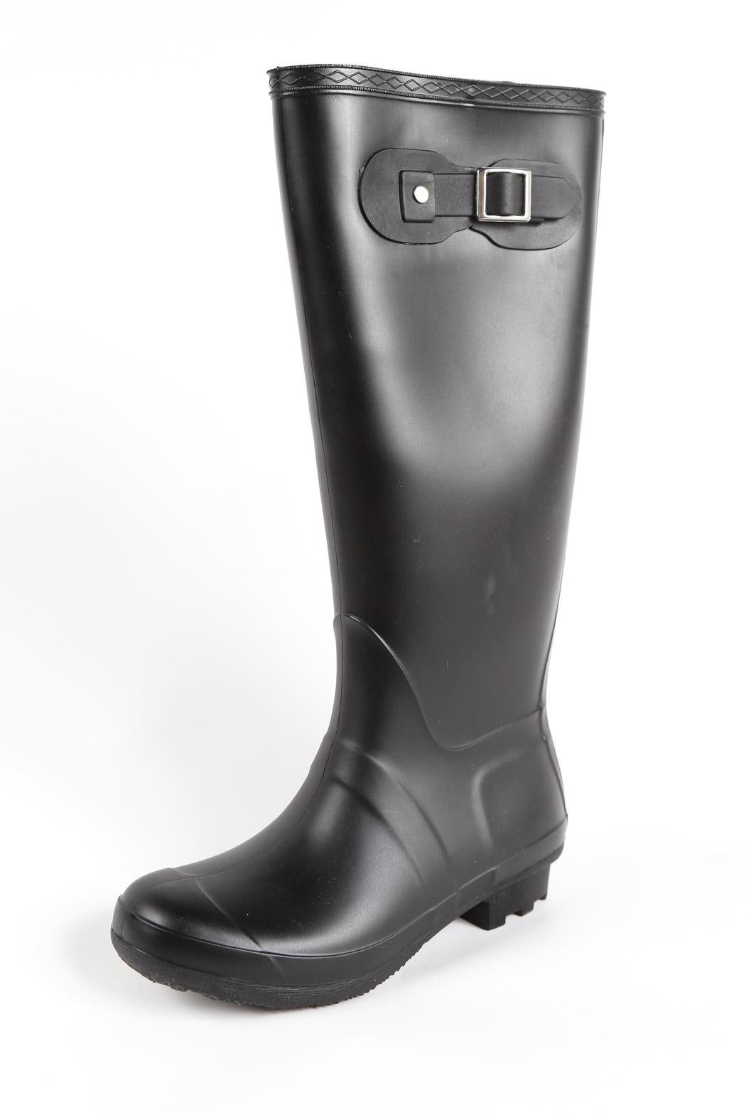 5e42508db3b Inexpensive Hunter Boot Dupes That You'll Want To Wear Rain Or Shine