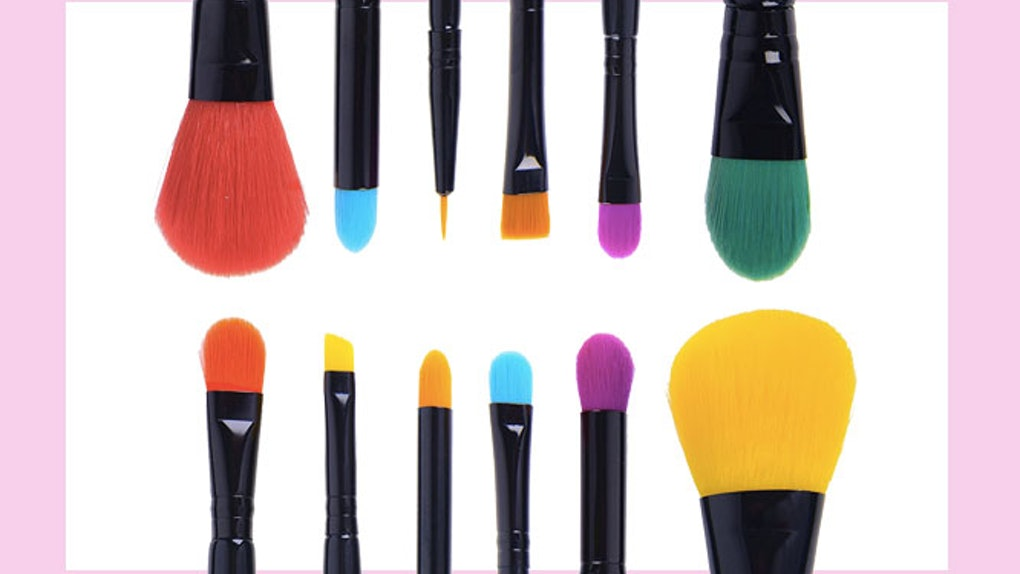 012e686e2102 Top Selling professional 12pc Cosmetic Makeup Brushes kit foundation
