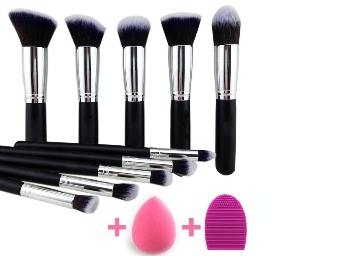BEAKEY Makeup Brush Set Premium Synthetic Kabuki Foundation Face