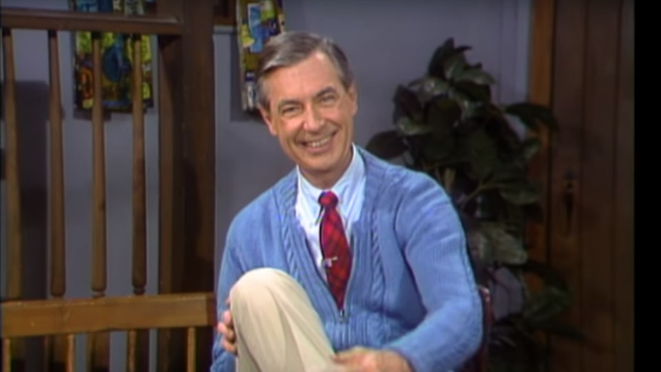 9 Parenting Lessons From Mister Rogers That Will Inspire You