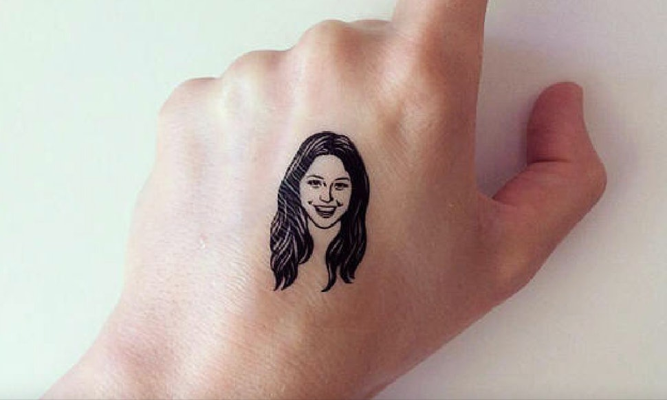 These personalized temporary tattoos of peoples faces on etsy just changed the game on bff goals