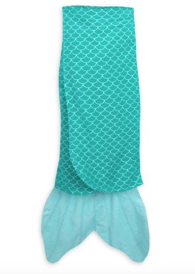 Ariel Fin Towel