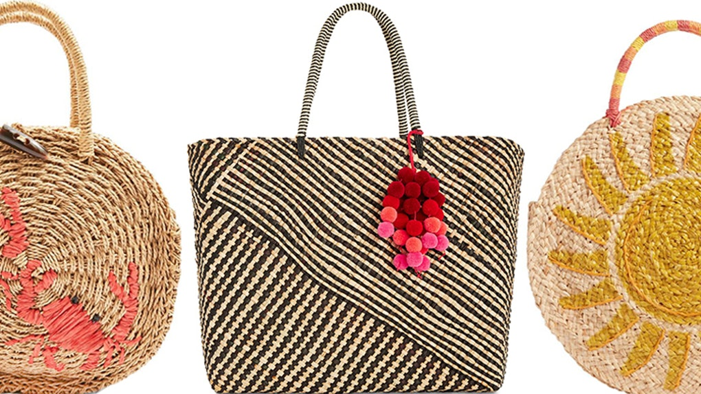 f29b71cf2467c The Summer 2018 Beach Bag Trend You Need Right Now