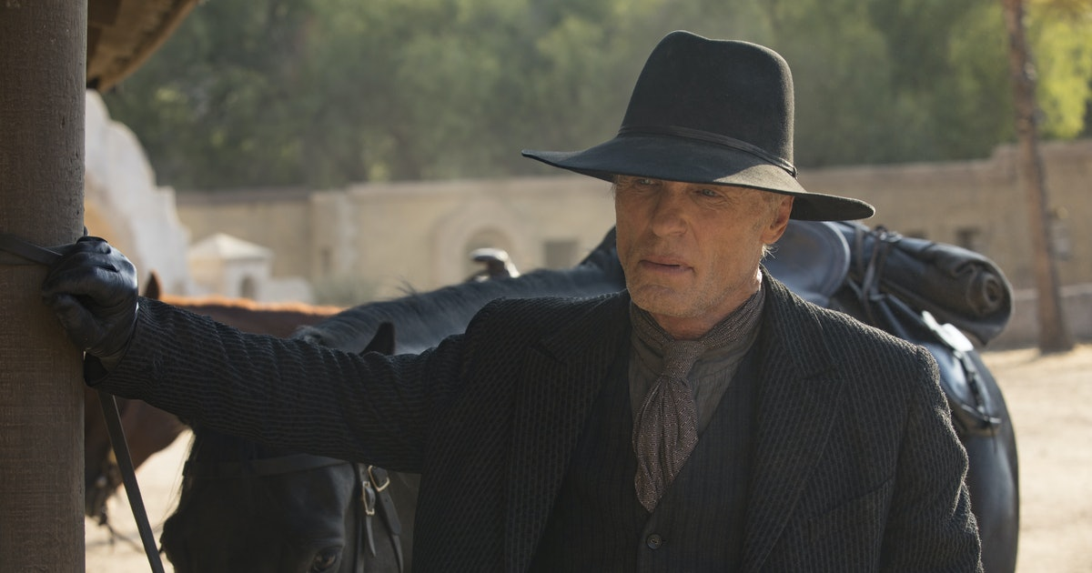This 'Westworld' Season 2 Theory About The Man In Black Is Too Much For Fans To Handle