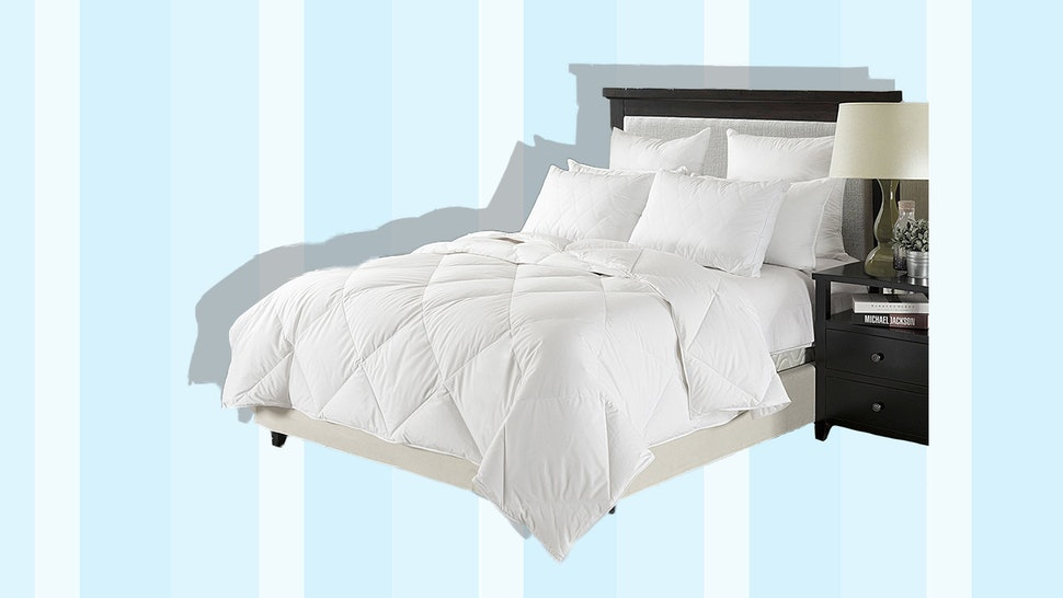 The 4 Best Lightweight Down Comforters