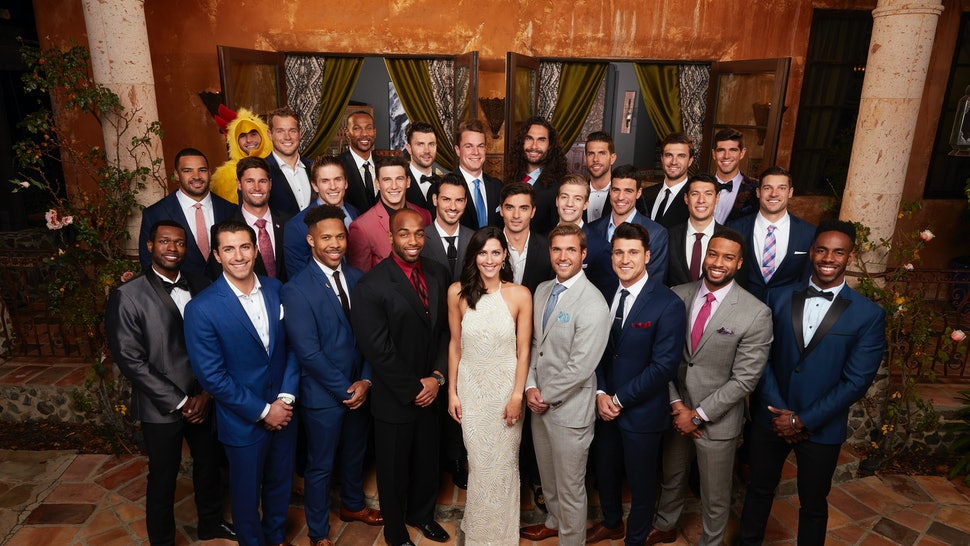 00b10d2db955 All Your 'Bachelor' & 'Bachelorette' Packing List Questions, Answered By 10  Bachelor Nation Alums