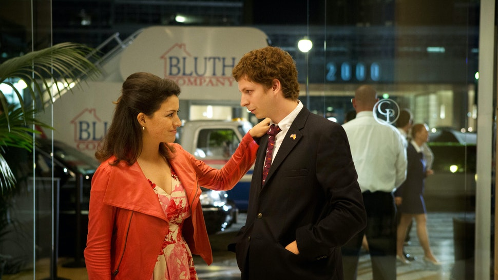 Are George Michael & Maeby Really Cousins On 'Arrested Development'? It's  Almost OK To Be Rooting For Them