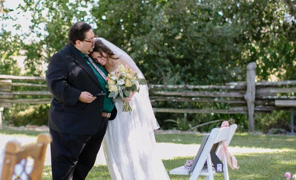 4 Photos Of Dads Walking Their Daughters Down The Aisle That Will Make You Cry