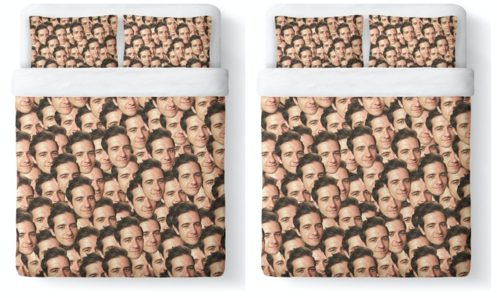 These Personalized Face Bed Sheets Are The Extremely Extra Way To ...