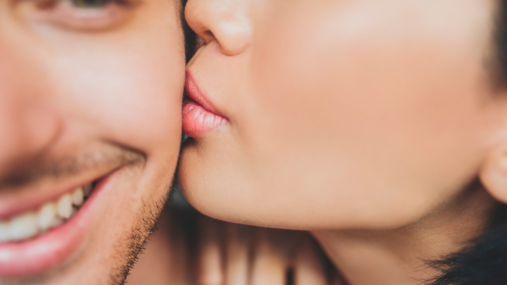 Lips to lips kissing