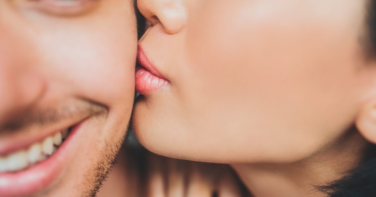 6 Things Not To Do While Kissing, According To Science