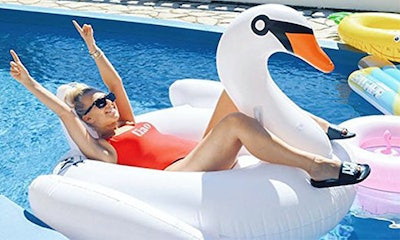 Floatie Kings, Premium Swan Float