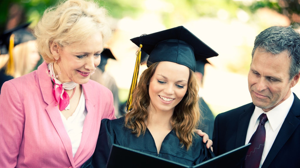 How To Deal With Family On Graduation Day, So That It's Drama Free