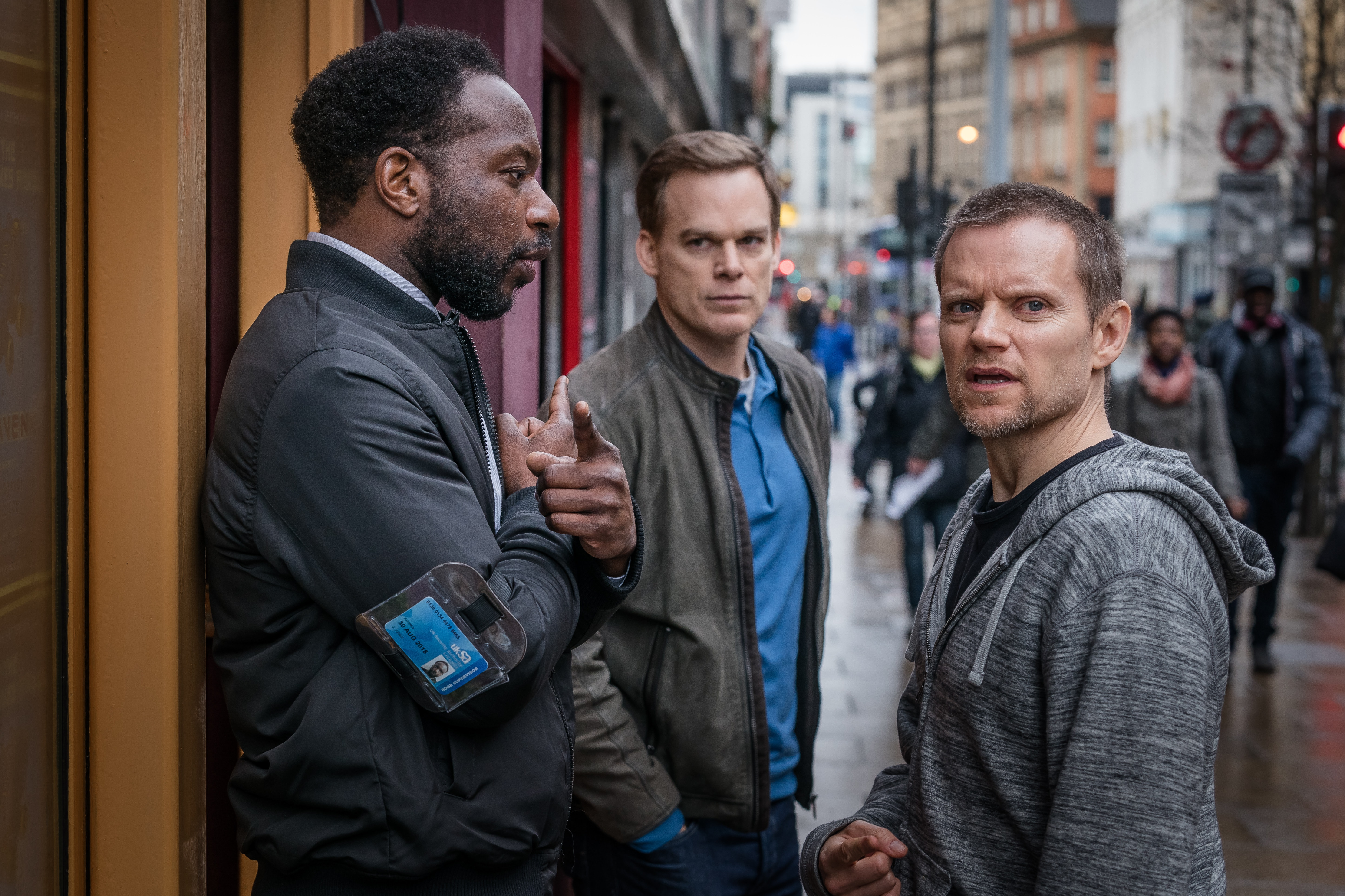 Safe' On Netflix Isn't A True Story, But The Crime Drama