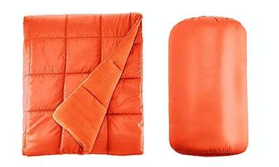 Pacific Crest Waterproof Quilted Blanket