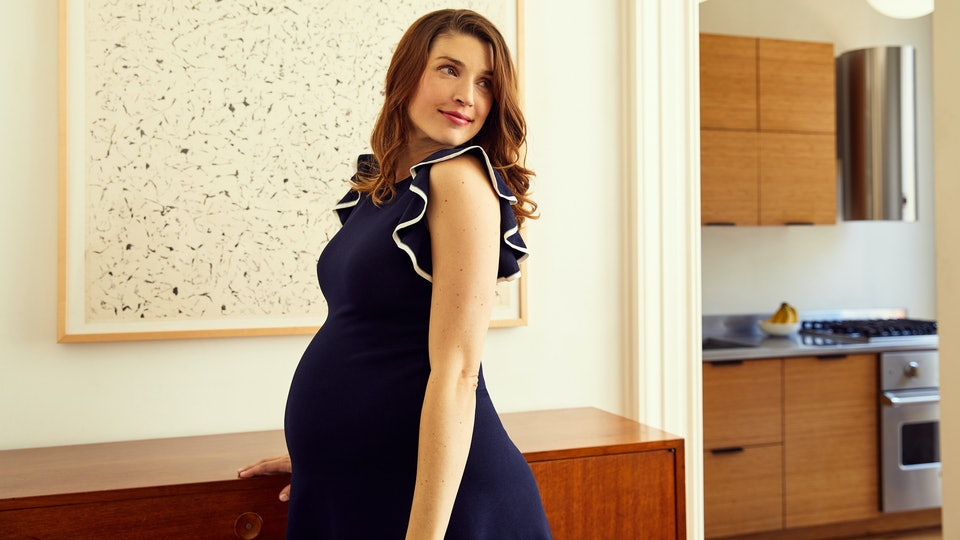 f646e29cdc1e Is Rent The Runway Maternity Worth It  Here s How It Can Save Pregnant  Women Major Bucks