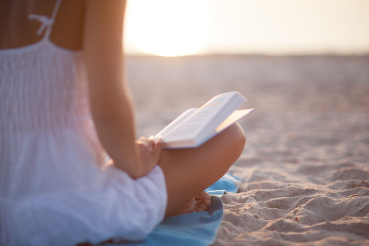 11 Short Stories About Summer You Can Read In One Sitting On The Beach