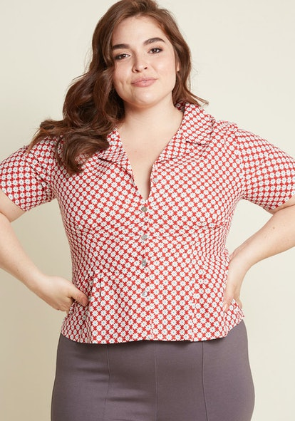 Banned Retro Reminder Button-Up Top in Red Floral